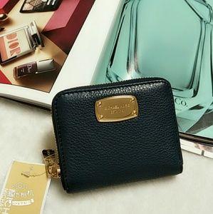 Michael Kors Jetset Bifold Navy Leather Zip Wallet